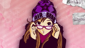 Девушка в фиолетовых очках и фиолетовой шапке