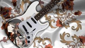 Крутая гитара с портретом Юко из Триплексоголика